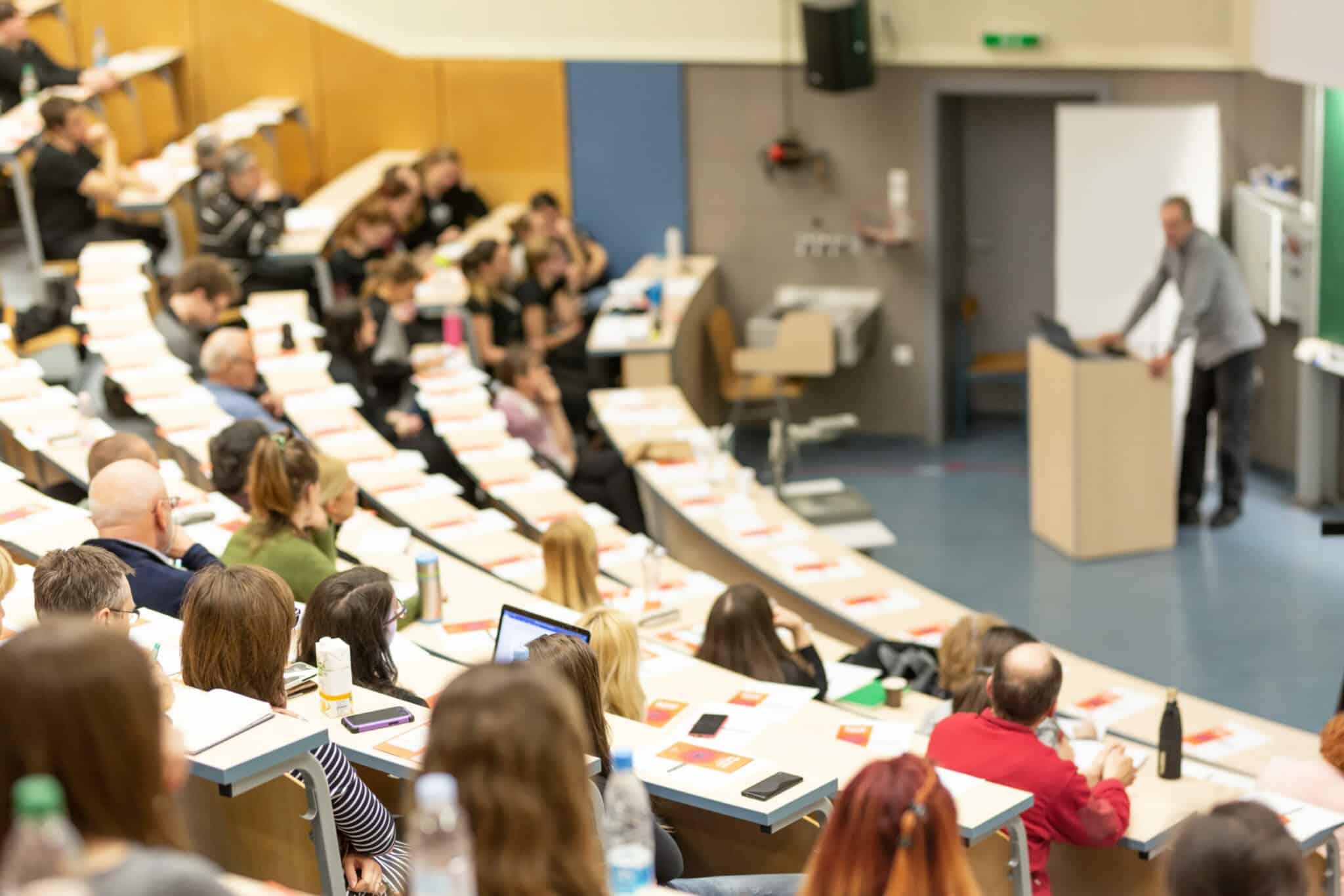 Enseignement supérieur: L'UNSA Education engagée pour les personnels, les étudiant.es, l'égalité et l'écologie